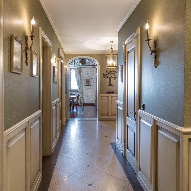 изображениях декор стены в коридоре фото преображается сразу