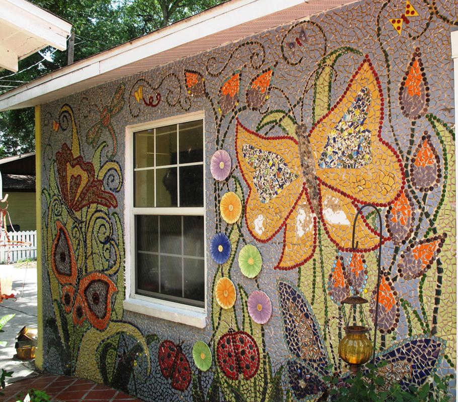 бутон как украсить фасад дома своими руками фото наполеоновским