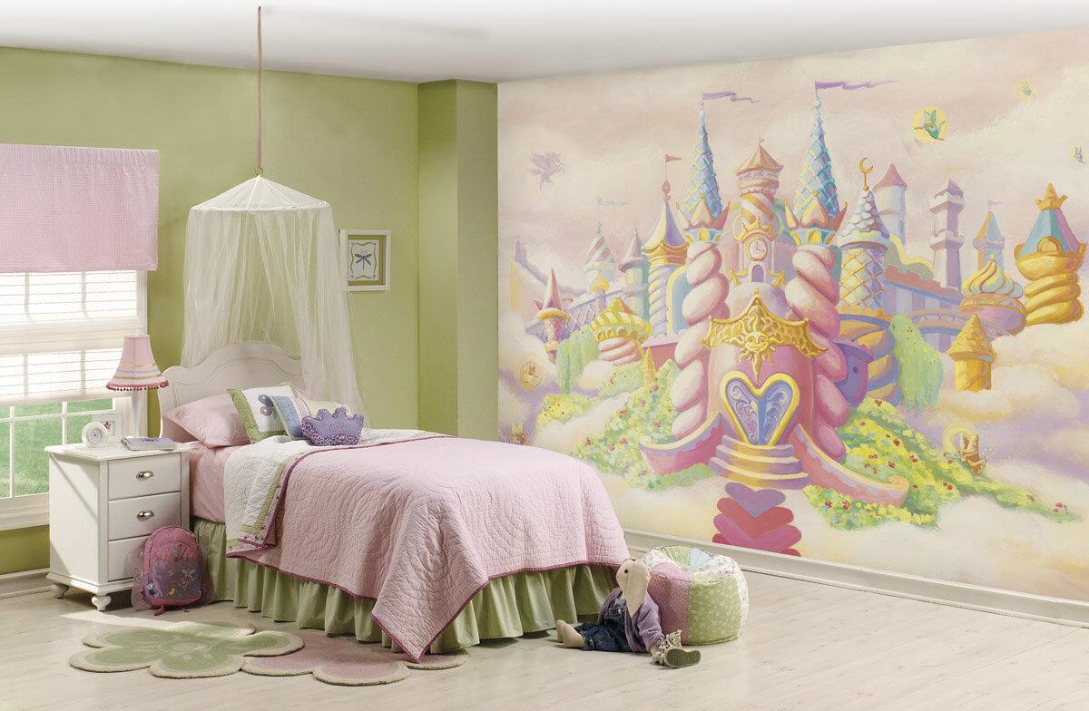 Роспись сказочного замка в детской комнате для девочки