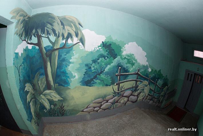Роспись стен в подъезде-1556