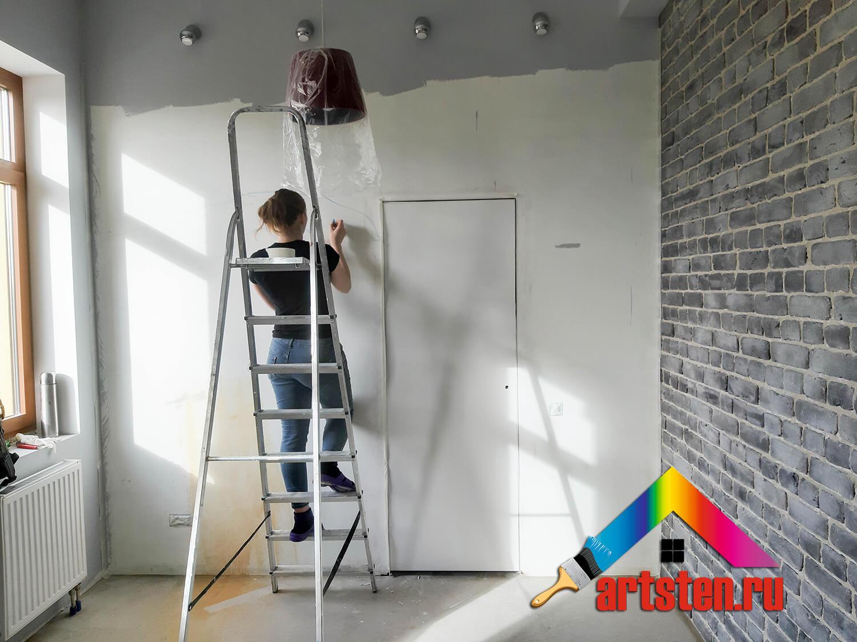 нанесение контуров рисунка на стену от руки