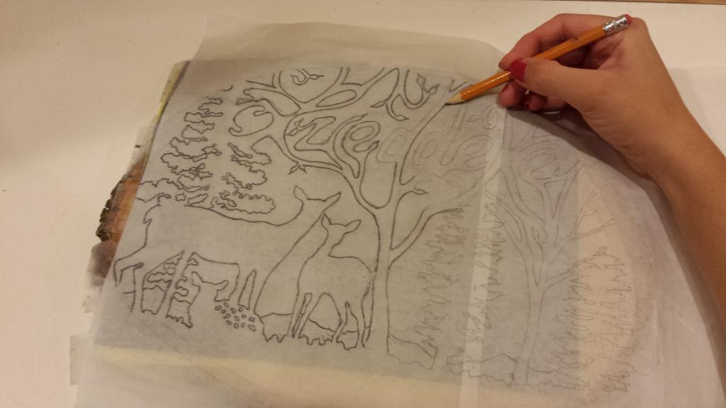 перенос рисунка на стену с помощью копировальной бумаги